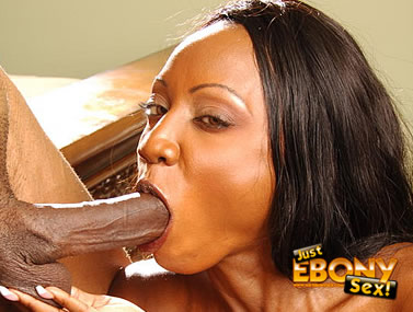 Diamond Jackson Guzzles a Huge Dick