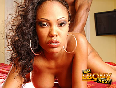 Big Boobed Ebony Lacey Duvalle